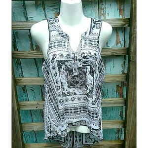 [Love on a Hanger] Abstract Design Sheer Top XS